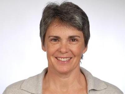 """Dr. Ulrike Banis referiert zum Thema """"Wie Partnerschaft gelingen kann""""."""