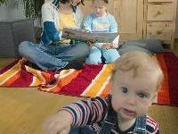 Eine Sprechstunde der Babysittervermittlung Frau Holle findet am 12. April im aha Bludenz statt.