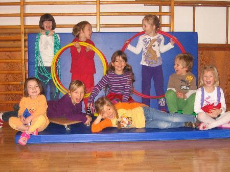 Kinder des Kindergartens Partenen