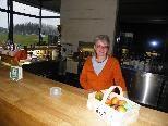 Küchenchefin Herlinde im neuen Klubheim