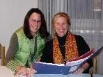 Petra Böck und Christine Hehle laden zum Frauenstammtisch.