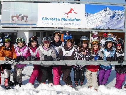 Strahlende Gesichter bei der Schneesportmeisterschaft am Hochjoch.
