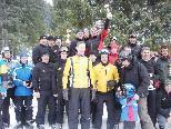 Tagessieger beim Ortsvereineschirennen wurden die Herren der Funkenzunft Erlach (hinten Mitte)
