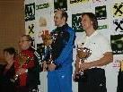 Trainer Michael mit dem Siegerpokal in der Mannschaftswertung