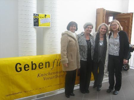 VS Direktorin Anni Loos, Herlinde Marosch, Dagmar Ganahl, Elisabeth Trippolt