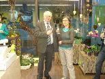 Bürgermeister Rümmele ließ es sich nicht nehmen, Helene Wohlgenannt zu ihrem neuen Geschäft zu gratulieren.