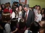 Bundespräsident Fischer punktete bei den Lustenauer Schülern mit seiner offenen, herzlichen Art.