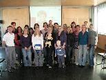 Die Teilnehmerinnen des Kindergarten Neunteln und Kursleiter Simon Breuss.