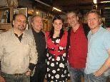 Ein Abend für die Kunst: Werner Huber, Erich mit Tochter Stefanie Köstl, John Hesselaar und Manfred Blum