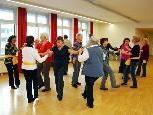 Mit Begeisterung zur Bewegung tanzen Dornbirner Senioren