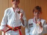 Vorarlbergs Judosport darf stolz auf seinen Nachwuchs sein - im Bild, Isabella und Daniel Kitzke mit ihrer Bronzemedaille.