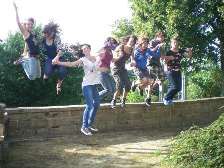 Abenteuerliche Alternative bietet das aha für Jugendliche.