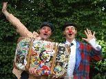 Clown Gustav und Clown Friedrich laden zum Kinderkunstkeller.