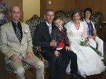 Das Brautpaar mit den Trauzeugen und Patrick