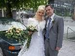 Das glücklich vermählte Paar beim Standesamt Dornbirn