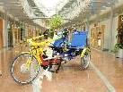 Der ,,Twister'', das Spezial-Elektrofahrrad für 2, ausgestellt im Rathaus Hard