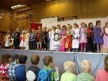 Die 106 Schülerinnen und Schüler der VS Göfis-Kirchdorf präsentierten ein tolles Programm.