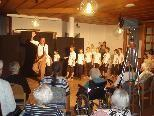 Die Volksschüler nahmen mit Freude am Pantomime Workshop von Thiemo Dalpra teil