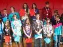Die stolzen Gewinner des Leichtathletik Dreikampfs der HS und MS Ost bei der Siegerehrung