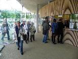 Erste Touristen im neuen Hafengebäude