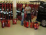 Etliche Feuerlöscher wurden bei der Aktion überprüft