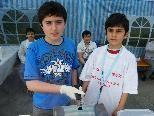 Fleißige Helfer auf der Kirmes