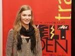 Hannah Kabelka beim Weltladentag im Theater am Saumarkt.