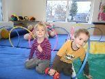 Im Spielschlössle haben die Kinder viel Platz zum Spielen.