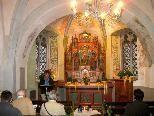 In dem spirituellen Raum der Heiligkreuzkapelle feierten die Altpfadfinder die schon traditionelle Maiandacht
