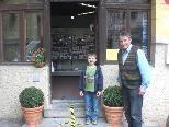 Inhaber Volkmar Dieth und sein Sohn