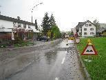 Keine Durchfahrt auf der Bahnhofstraße, Zufahrt zur Apotheke möglich.