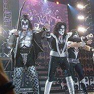 Kiss bei einem Konzert in München 2008