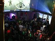 Party bei der Eröffnung 2009 im Foyer (philiale) des Gartenbaukinos