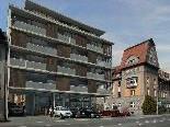 """Bild: Die Animation zeigt den Neubau mit dem Altbau der Wohnanlage """"Reichenfeld"""" an der L 191."""