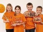 Christina, Lea, Benedikt und Markus vom Kinderchor Tosters beim Davidino - Fest in Altach.