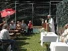 Diakon Fritz bei seiner Predigt beim Pfarrfest in Braz.