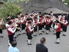 Die Harmoniemusik Tschagguns am Tag der Blasmusik unter Leitung des neuen Kapellmeisters Manuel Stross.