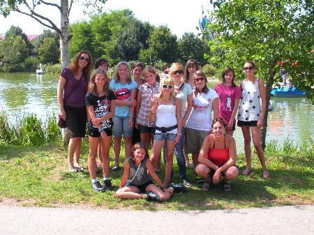 Girls Club Bludenz macht einen Ausflug in den Skylinepark.