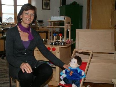 """Hemma Greußing hat mit ihrem """"Wälderspielzeug"""" eine Marktnische entdeckt."""