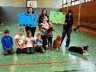 Mit dem Verkauf ihrer Bastelarbeiten haben die Schüler  € 1.000,-- für den Tierschutz erwirtschaftet.