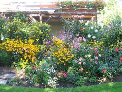 Der Tourismusverein Bürs lädt erneut zum Blumenschmuck-Wettbewerb ein.