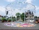 """Der ehemalige Parkplatz vor dem Kulturhaus wird zum """"Freiluft Wohnzimmer"""" für Jugendliche."""