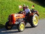 Traktor um Traktor .