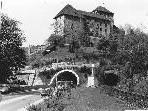 Bild: Bis vor rund 20 Jahren fuhren durch das Eisenbahn-Schattenburgtunnel noch Züge.