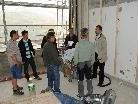 Bürgermeister Rainer Siegele mit Bauleitung und Handwerkern auf der Baustelle. Die Bildungsstätte soll wenn alles klappt, zum  Oktober/November  2010 bezogen werden.