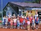 Die Teilnehmer des Tenniscamps mit Vize-Obmann Alois Wurzer,