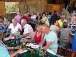 Die vielen Teilnehmer fanden gute Stimmung und gemütliche Unterhaltung beim Sommerfest