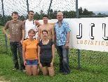 Foto: Siegerehrung: v.l.n.r.: Matthias Müller (Obmann), Karin Fritsch & Hannes Lisch (Sieger Paarung), Christine Huber & Alex Huemer (Zweitplatzierte), Gerhard Gau (JCL Logistics)