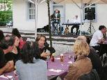 """Gut besuchte Sommernachts-Jazzkonzerte im """"Moritz""""-Gastgarten."""