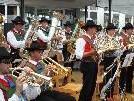 Zu Gast beim Lochauer Dorffest - die Musikkapelle St. Pauls aus Südtirol.